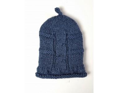 Тёмно-синяя вязаная шерстяная шапочка